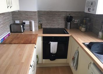Thumbnail 1 bed flat to rent in 35 Victoria Road North, Southsea