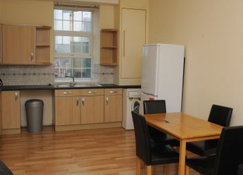 Thumbnail 2 bed flat to rent in Carter Place, London