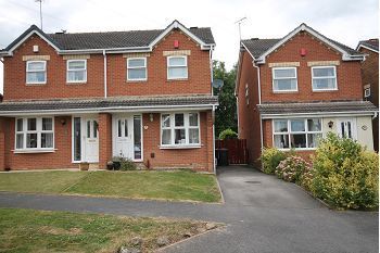 Thumbnail Semi-detached house to rent in Sherbourne Avenue, Bramley, Rotherham.