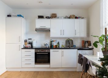 Thumbnail 1 bed flat to rent in Amhurst Road, London
