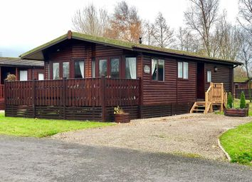 Thumbnail 2 bed mobile/park home for sale in Lakeside, South Lakeland Leisure Village, Borwick, Carnforth, Lancashire
