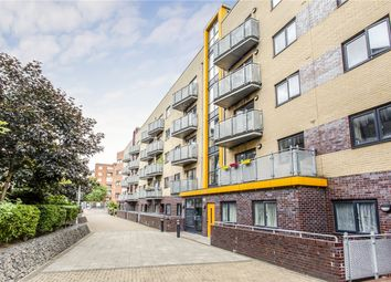 1 bed property for sale in Oakleigh Court, Murray Grove, Islington, London N1