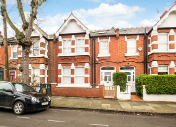 Thumbnail 4 bed terraced house to rent in Cleveland Avenue, London