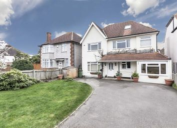 Thumbnail 6 bedroom detached house for sale in Sugden Road, Thames Ditton