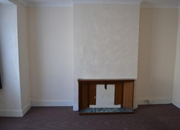 Thumbnail 4 bed detached house to rent in Wall End Road, East Ham, London