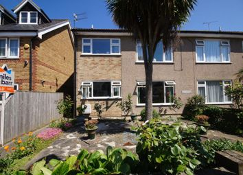 Thumbnail 2 bed flat to rent in Linksfield Road, Westgate-On-Sea