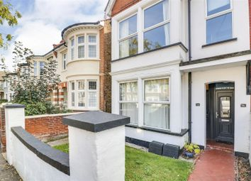 Boscombe Road, Southend-On-Sea SS2. 2 bed flat