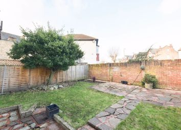 Thumbnail 2 bed flat to rent in Longlands Road, Sidcup