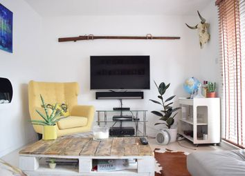 Thumbnail Terraced house to rent in Harriet Close, London