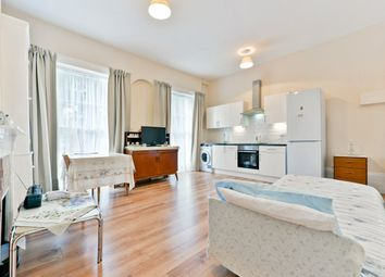 Thumbnail 2 bed flat for sale in Regent Square, London