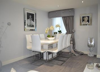Thumbnail 2 bed flat for sale in Manor Road, Chigwell, Essex