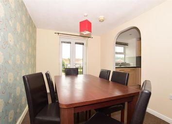 Thumbnail 2 bedroom flat for sale in Fenners Marsh, Gravesend, Kent