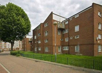 4 bed detached house to rent in Portree Street, Aberfeldy Village, Canning Town, London E14