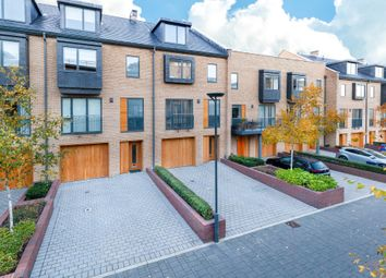 Thumbnail 4 bed town house for sale in Kingsley Walk, Cambridge