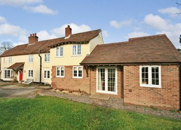 Thumbnail 3 bed detached house for sale in Hoe Road, Bishops Waltham, Southampton