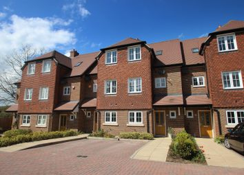 Thumbnail 3 bedroom town house to rent in Ladbroke Road, Redhill
