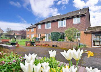 1 bed flat for sale in Chesterton Court, Manorfields, Horsham, West Sussex RH13
