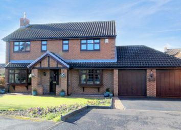 Thumbnail 4 bed detached house for sale in Farrier Close, Stone