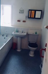 3 bed flat to rent in St.Davids Place, Edinburgh EH3