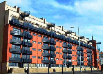 Thumbnail 1 bed flat for sale in Clyde Street, Glasgow