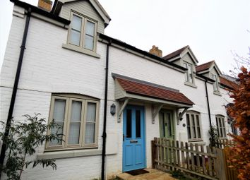 Thumbnail 1 bed cottage to rent in Chapel Close, Harlington, Dunstable