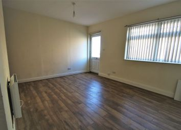 Thumbnail 1 bedroom flat to rent in Railway Terrace, Rugby