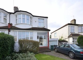 Thumbnail 3 bed property to rent in Alexandra Grove, North Finchley