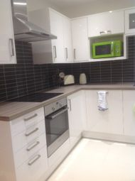 Thumbnail 1 bed flat to rent in Mostyn Road, Bushey, Hertfordshire
