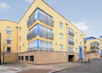 Thumbnail 2 bed flat to rent in Premiere Place, London