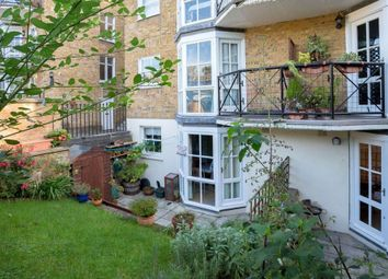 Thumbnail 2 bed flat to rent in Coborn Street, London