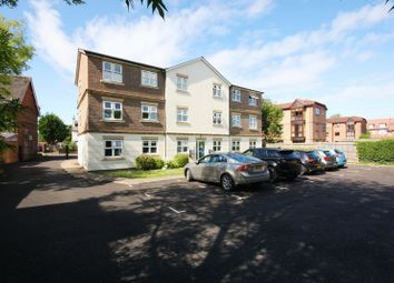 Thumbnail 2 bed flat for sale in Brighton Road, Horsham