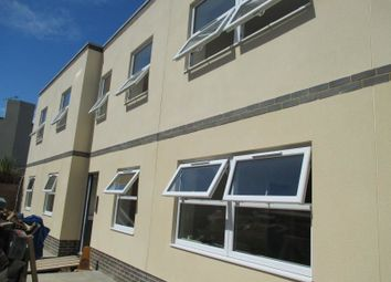 Thumbnail 2 bedroom flat to rent in Lower Brookfield Road, Portsmouth