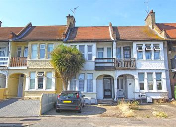 Thumbnail 2 bedroom flat for sale in Woodgrange Drive, Southend On Sea, Essex
