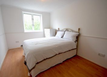 Thumbnail Room to rent in Firs Avenue, Friern Barnet N11, London,