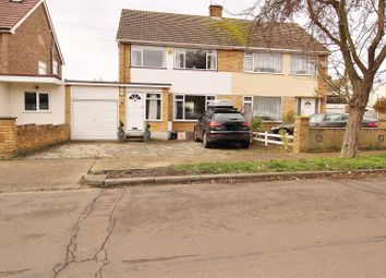 Roseberry Avenue, Benfleet SS7. 3 bed semi-detached house