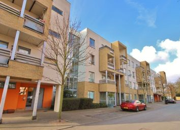 Thumbnail 2 bed flat to rent in Glenalmond Avenue, Cambridge