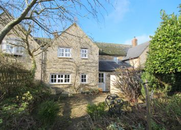 Thumbnail 3 bed cottage to rent in The Row, Hinton Waldrist, Faringdon