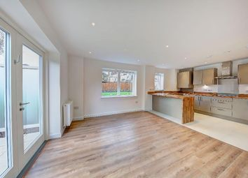 Thumbnail 2 bed flat to rent in Kingston Road, Wimbledon Chase