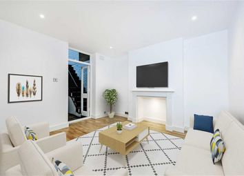 Thumbnail 1 bed flat for sale in Munster Road, Fulham, London