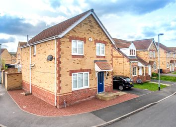 Thumbnail 4 bedroom detached house for sale in Gladedale Avenue, Leeds, West Yorkshire