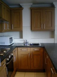 2 bed flat to rent in The Walk, Roath, Cardiff CF24