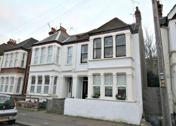 Thumbnail 2 bedroom flat for sale in Whitegate Road, Southend-On-Sea