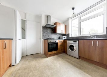 3 bed maisonette to rent in Canterbury Crescent, London SW9