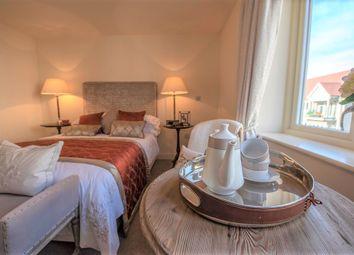 Thumbnail 1 bed flat to rent in Austin Heath, Gallagher Square, Warwick, Warwickshire