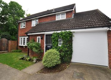 Thumbnail 4 bed detached house to rent in Convent Close, Hitchin