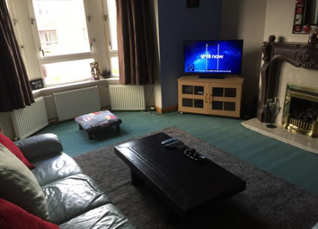 Thumbnail 3 bed flat to rent in Glencoe Street, Anniesland