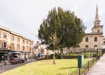 Thumbnail 2 bed flat for sale in London Street, Bath