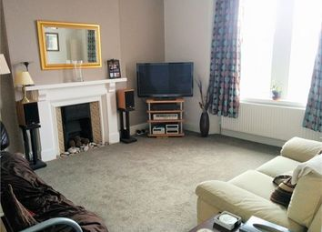 2 bed maisonette to rent in Fore Street, Kingskerswell, Newton Abbot, Devon. TQ12