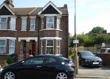 3 bed end terrace house to rent in Kingston Parade, Hathaway Road, Grays RM17