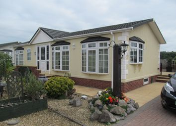 Thumbnail 2 bed mobile/park home for sale in Beachlands Park, Sand Road (Ref 6001), Sand Bay, Weston Super Mare, Somerset